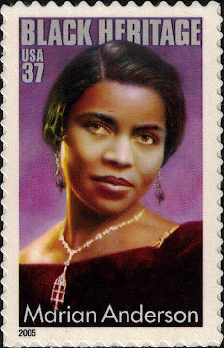 USA, Scott Nr 3896 (2005) Oct 7, 1954: Marian Anderson becomes the first African-American singer hired by the New York Metropolitan Opera.