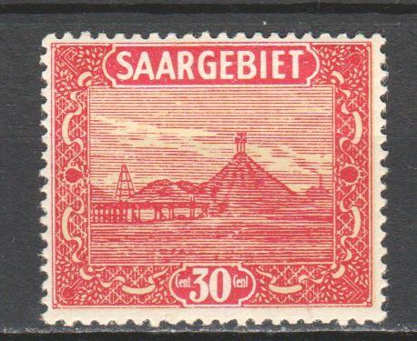 Saar-1922-slag-pile.jpg