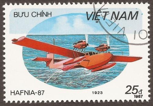 Vietnam-stamp-1798u.jpg