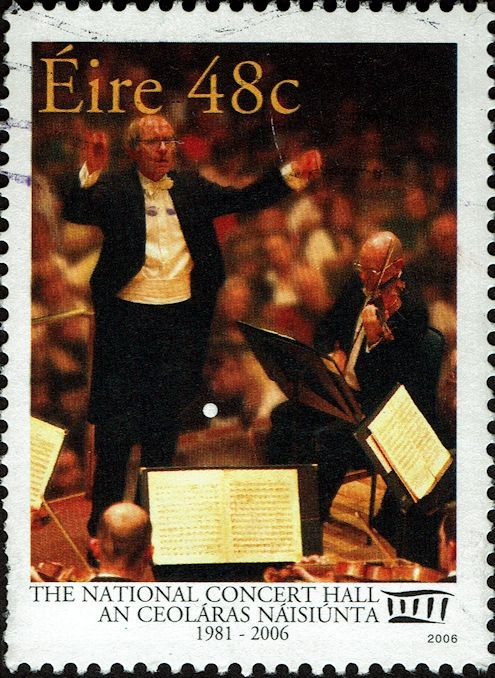 Gerhard Markson conducts the RTE (Raidió Teilifís Éireann) National Symphony Orchestra.