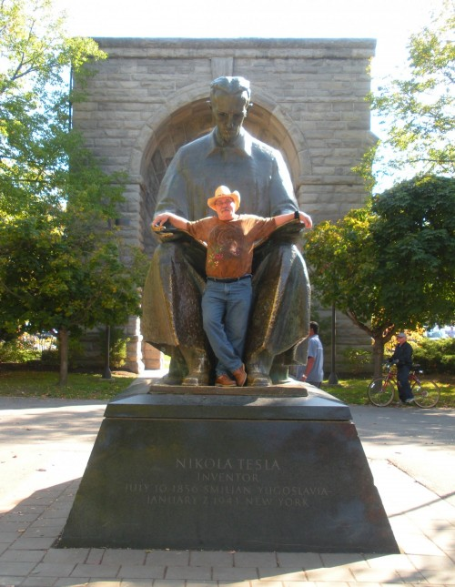 The Western Hajj, Part 1: In the lap of Genius (Tesla statue at Niagara Falls NY)