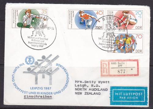 1987-E2819-22.jpg